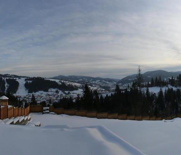 Чарівний краєвид на гори в котеджі вілла Монте