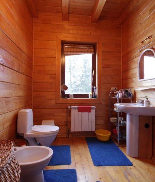 Уютный санузел в коттедже вилла Монте Славское