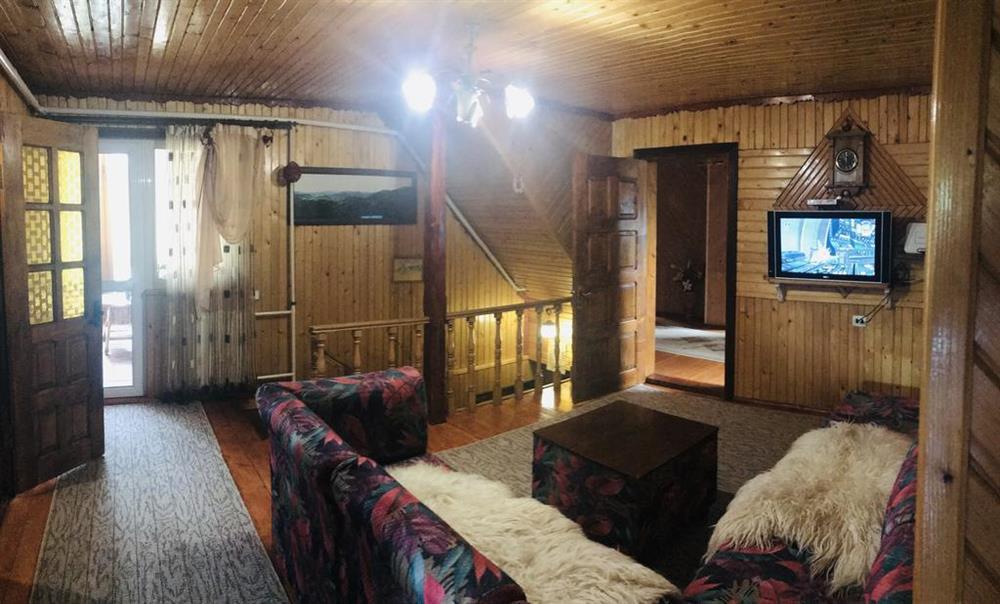 Просторная комната в усадьбе «Горный свитанок»