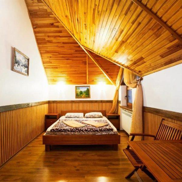 Двуспальная кровать Коттедж 12 месяцев