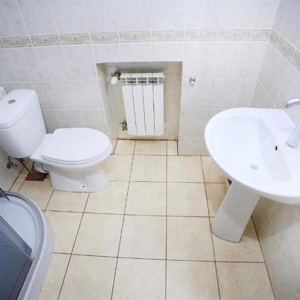 ванна кімната Котедж 12 місяців
