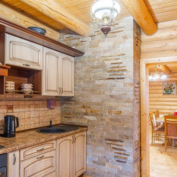 кухня в вилле Альпийка Славское