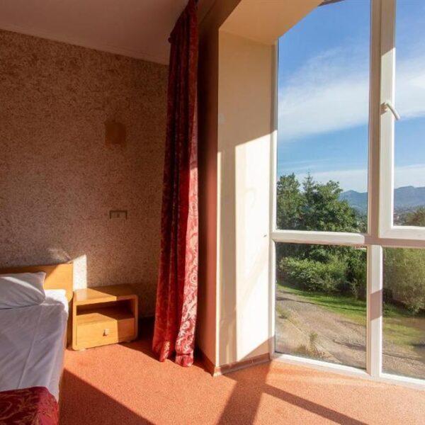 Вид с окна номера стандарт отель Терем