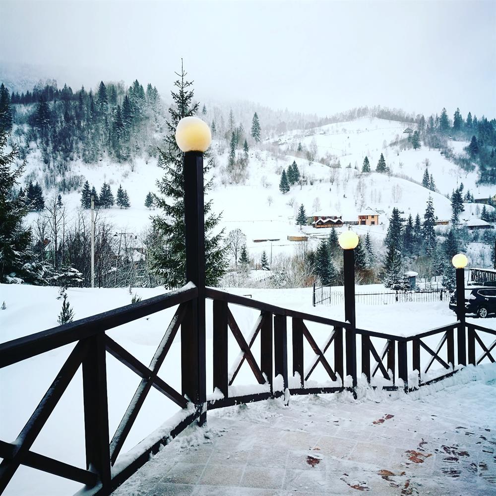 Красива зима в готелі Терем Славське