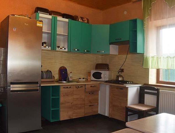 Кухня для приготовления пищи в отеле Аура Карпат