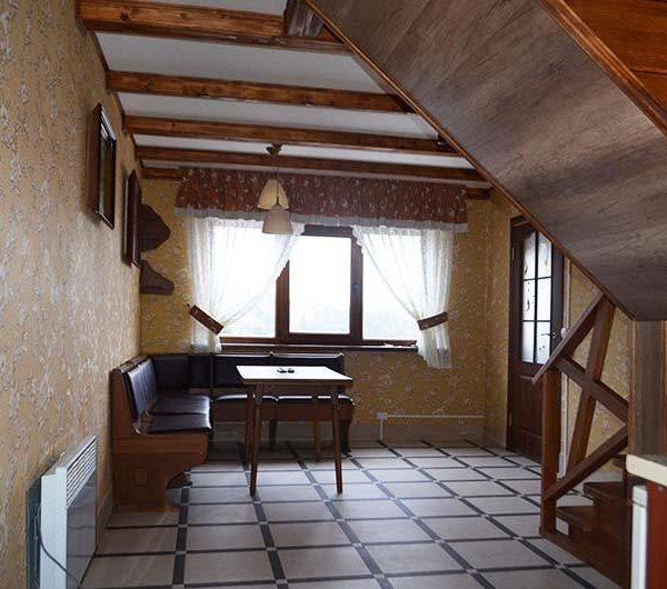первый этаж коттедж Июнь Карпаты