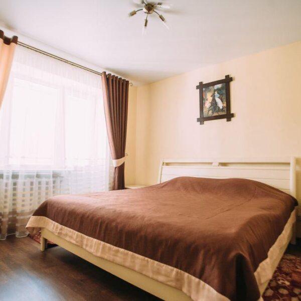 Велике двоспальне ліжко Пролісок