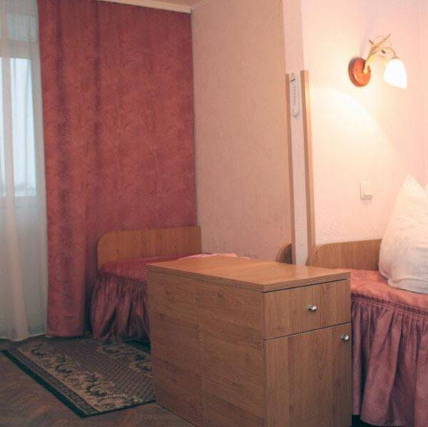 Уютный номер в санатории Жовтень