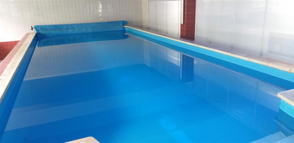 Бассейн в санатории Жовтень