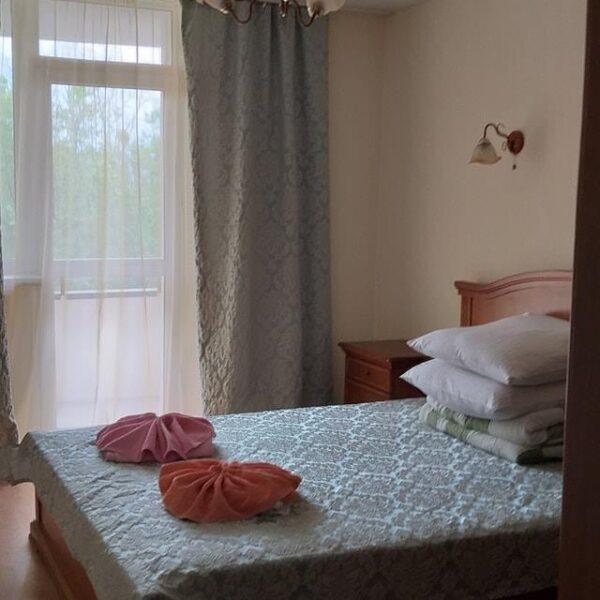 Уютная кровать санаторий Жовтень