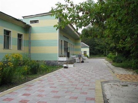 Большая территория санатория Любень Великий