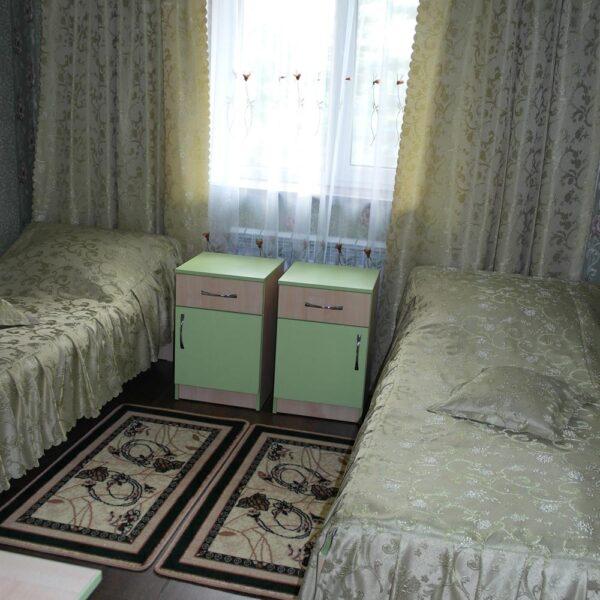 Односпальні ліжка в санаторії Червона Калина