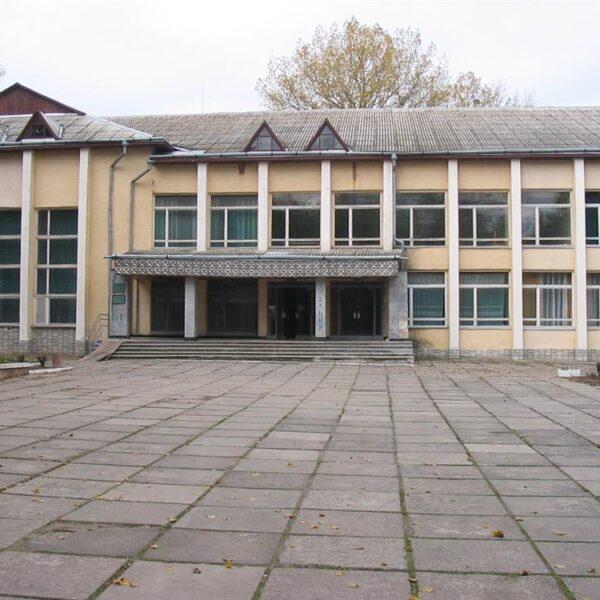 Територія санаторія Шкло